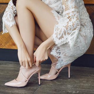 漆皮高跟鞋网红高跟包头凉鞋女2021年新款夏天尖头交叉带细跟单鞋