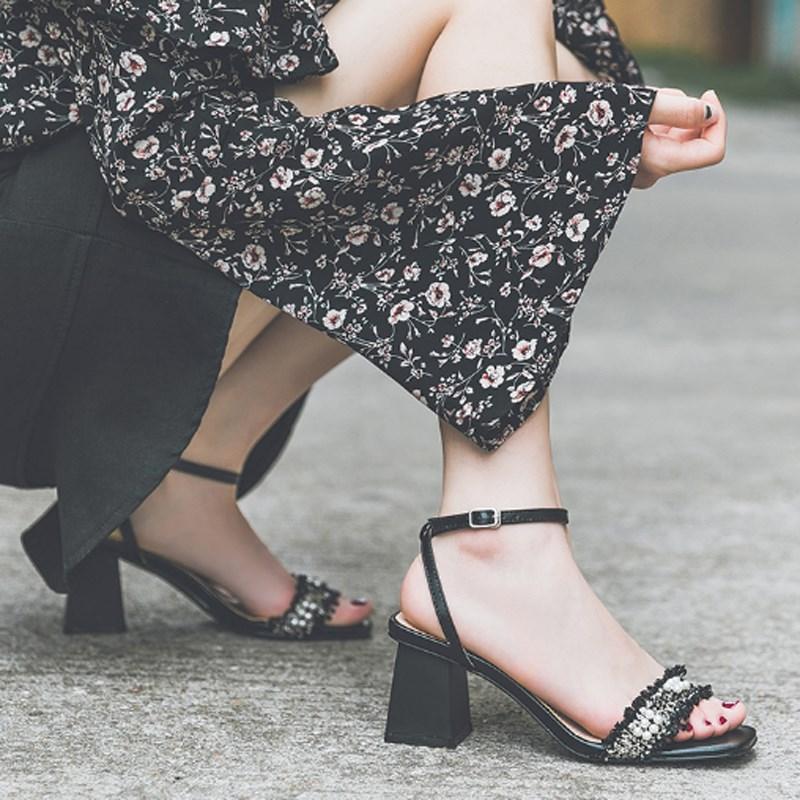凉鞋女2020夏季新款仙女风一字带粗跟中跟网红鞋百搭小清新高跟鞋
