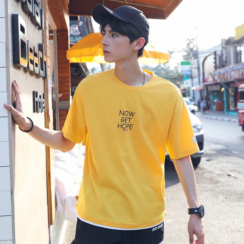 Summer 2019 new short sleeve t-shirt mens round neck chest print Korean loose student top trend
