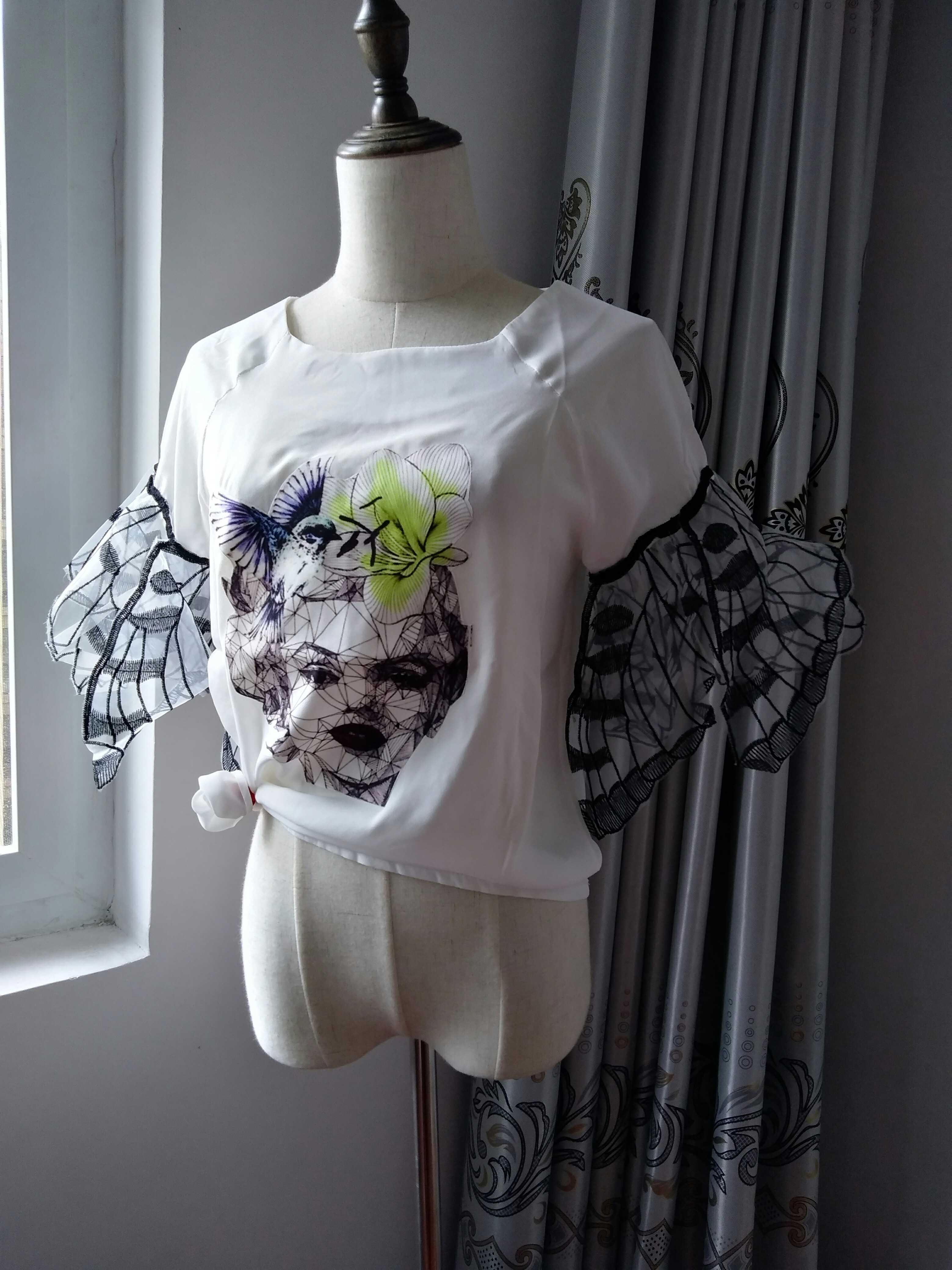 Womens summer half sleeve sleeve head embroidered butterfly wings personalized top T-shirt Hepburn Chiffon