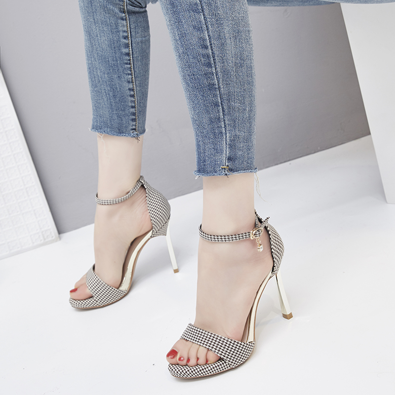 2021 summer new thin-heeled thousand bird plaid with buckle simple sexy fashion high-heeled sandals for girls