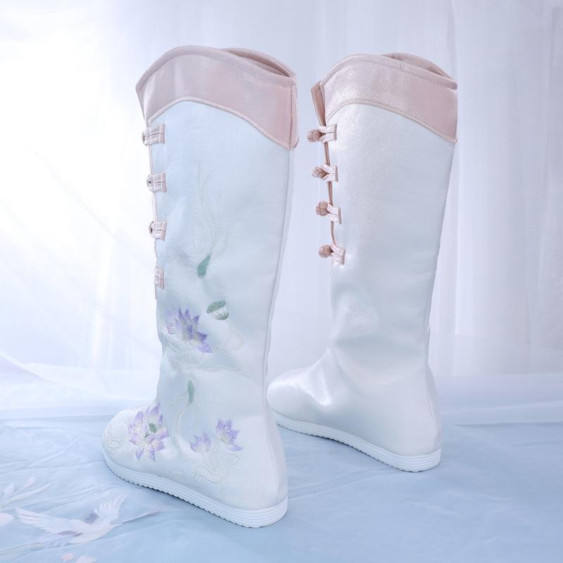 冬季长筒汉服靴子女内增高刺绣长筒靴古风古装布靴民族风绣花靴