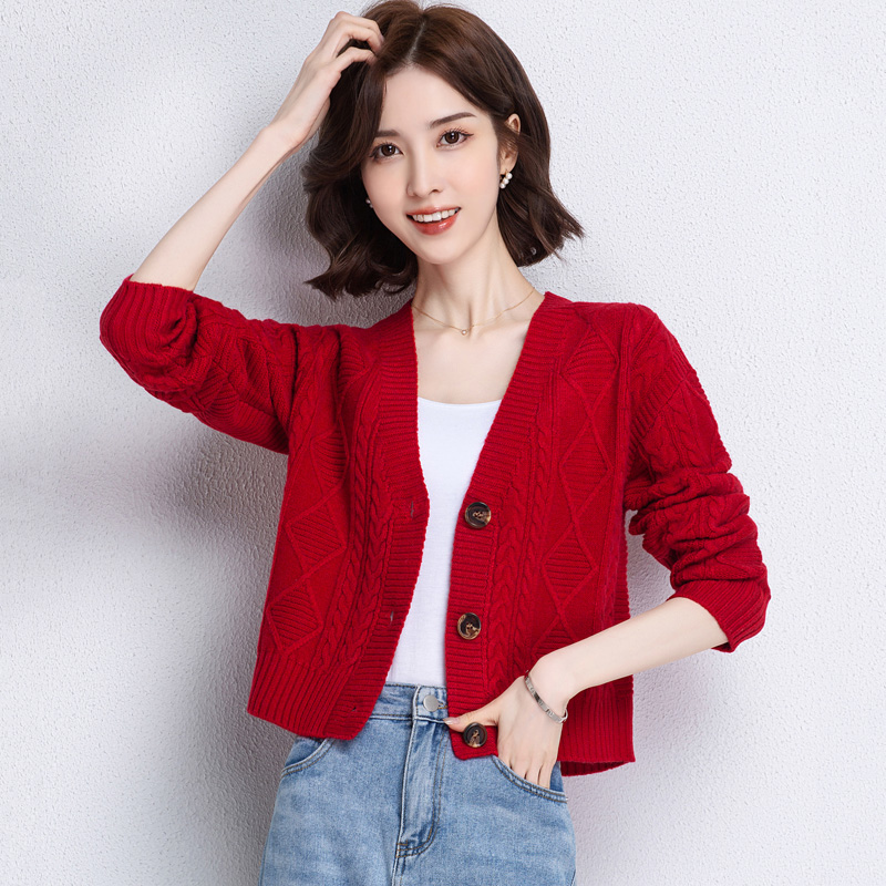 2021 this years popular skirt with short sweater jacket temperament loose V-neck twist knitted cardigan lady