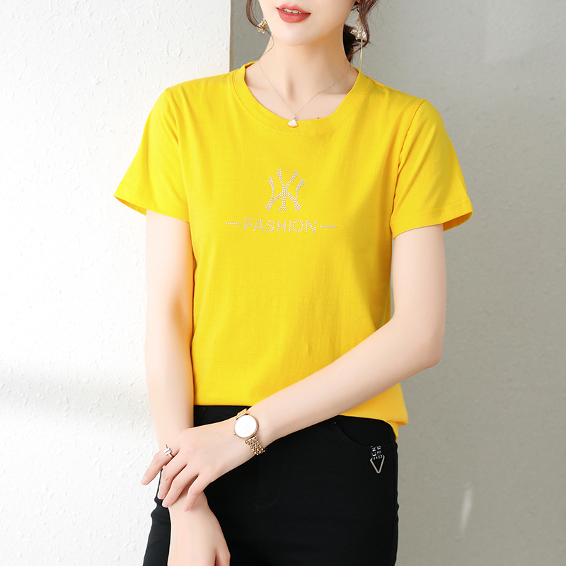 White short sleeve t-shirt female 2021 new summer foreign style round neck slim bottomed shirt with ice silk half sleeve