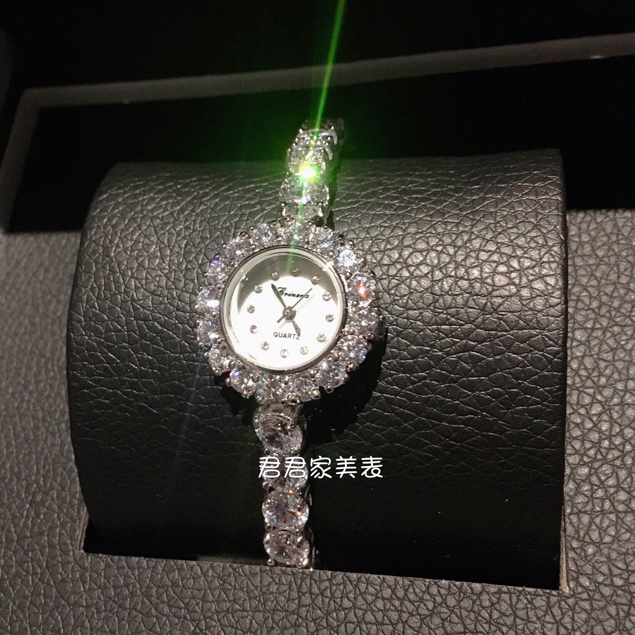 正品牌手链石英女表镶钻手表满钻时尚水晶时装表手镯表装饰表防水