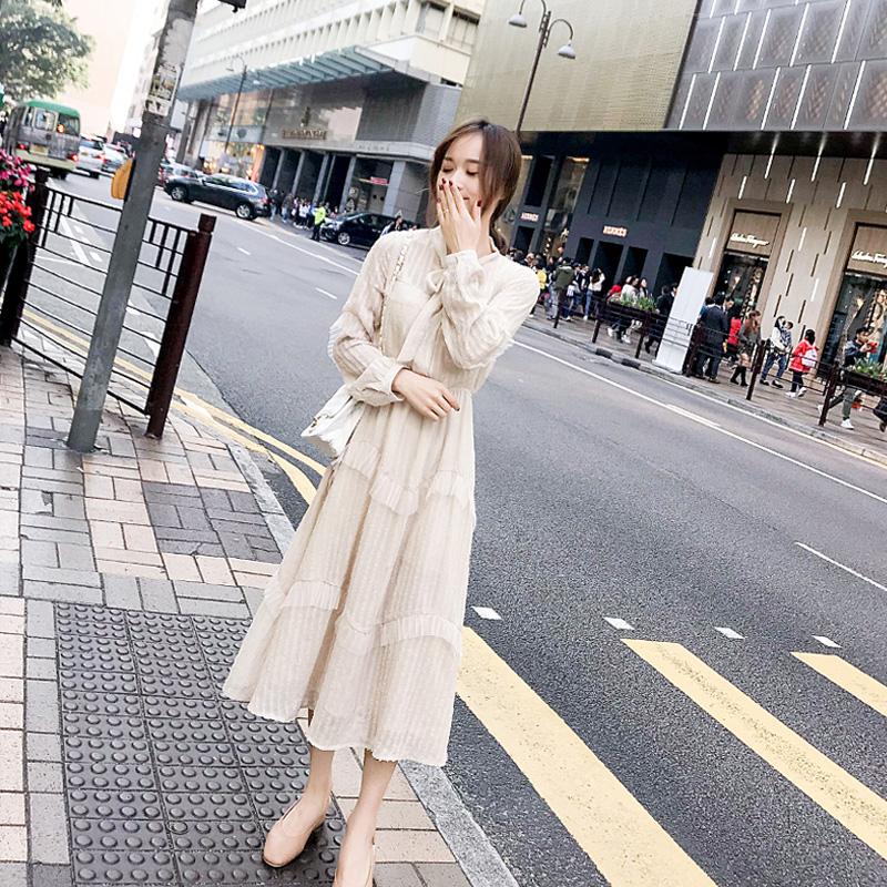 秋装2019新款法国小众雪纺连衣裙女秋季法式长款长袖流行杏色裙子