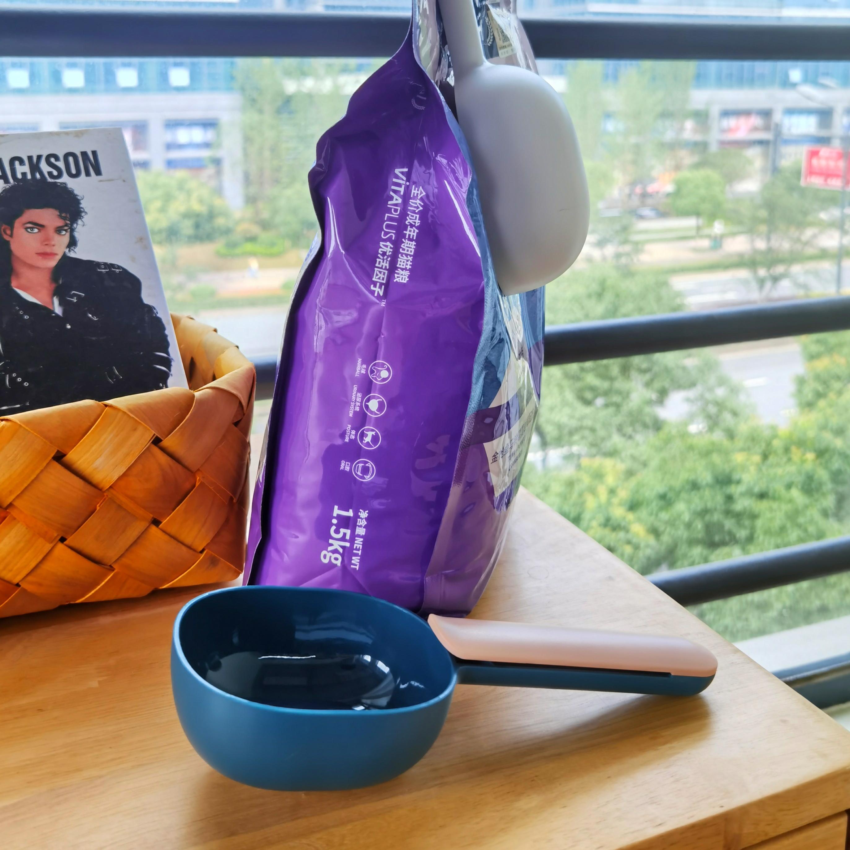 猫粮勺喂食勺通用狗粮勺子食物铲宠物罐头盖带勺子封口夹猫咪用品图片