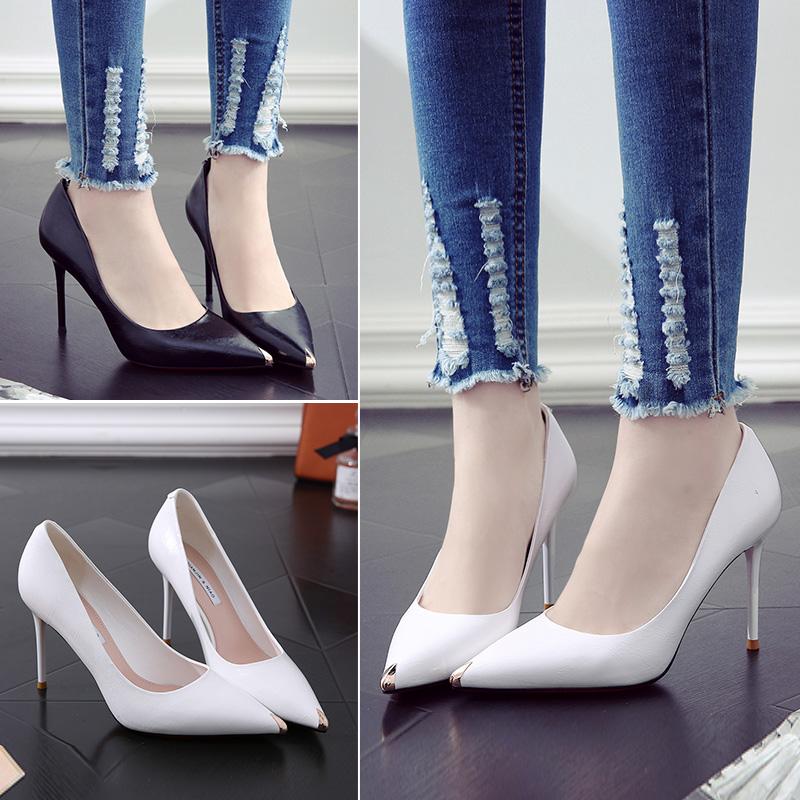 超烫白色高跟鞋女网红春季2020新款百搭尖头性感法式少女细跟单鞋