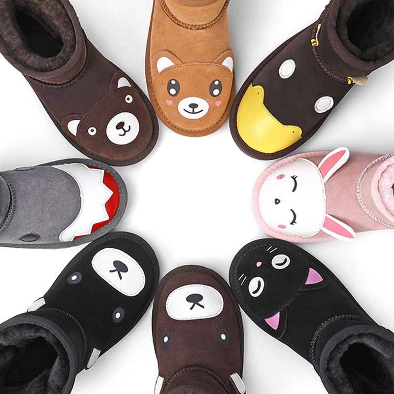 Childrens snow boots 2019 winter new girls shoes leather Plush boys middle and large childrens thickened cotton shoes cartoon