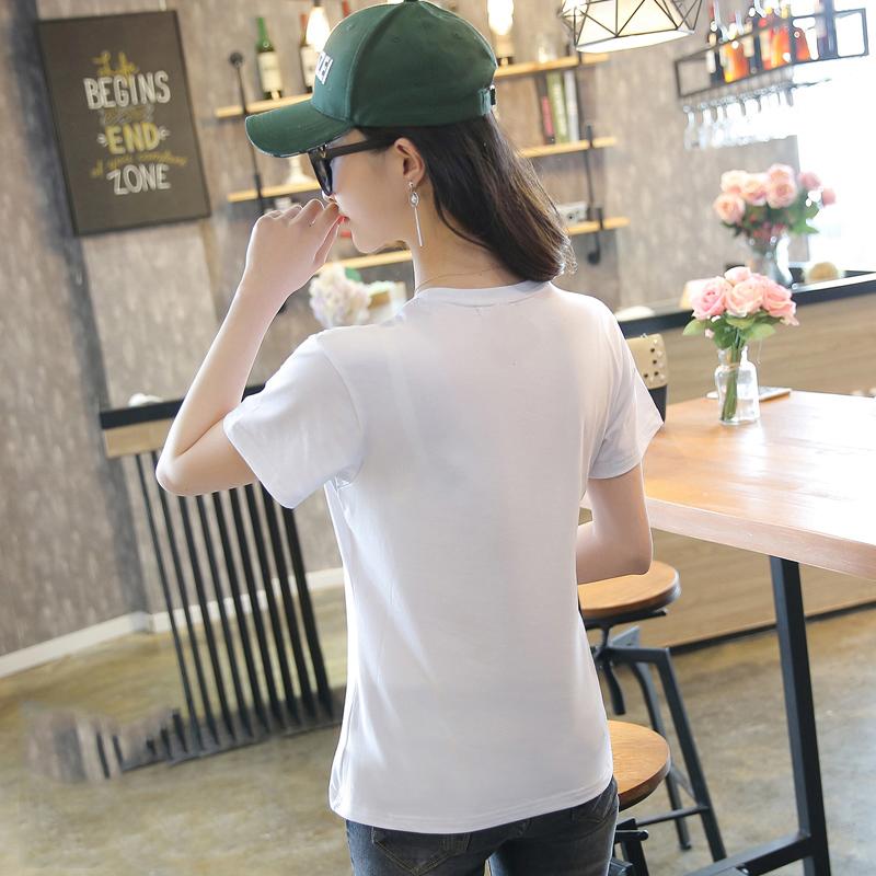 Womens short sleeve womens T-shirt loose womens pure cotton 18-24-29 years old Korean V-neck cotton half sleeve sunscreen summer wear