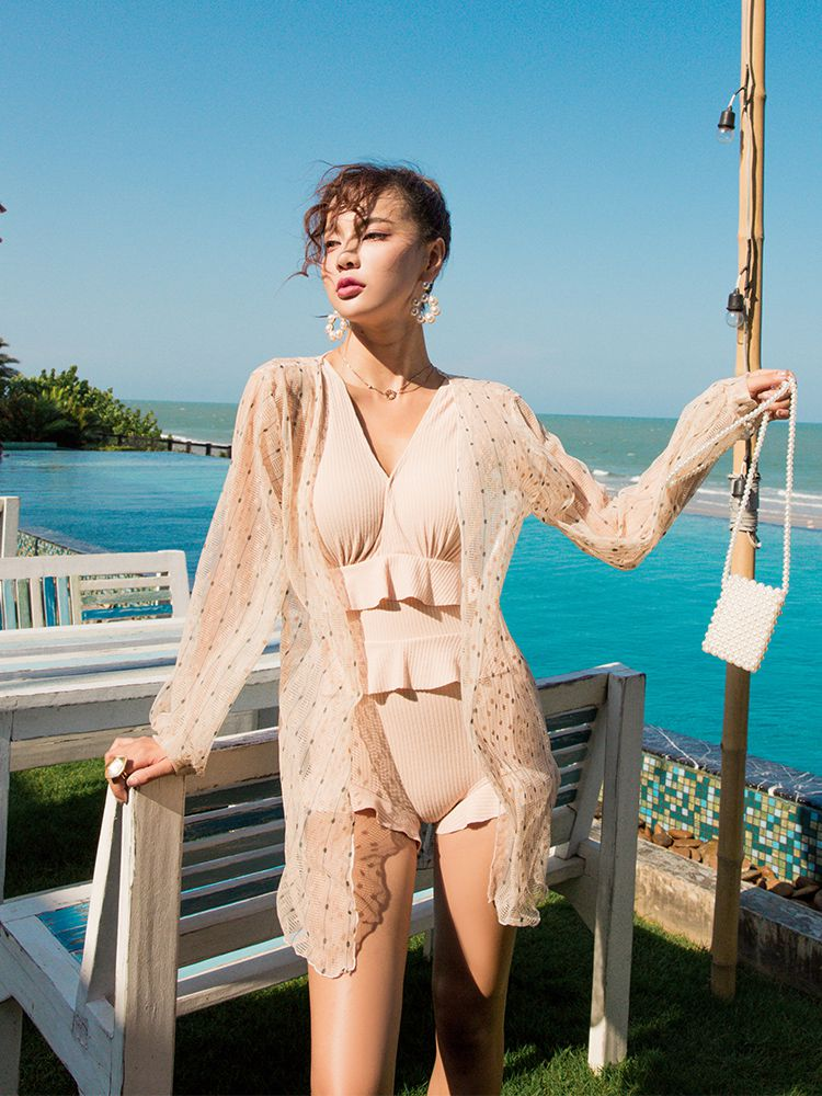 2020 new swimsuit womens one-piece two-piece set covers the belly and shows thin, conservative small fresh hot spring resort swimming suit.