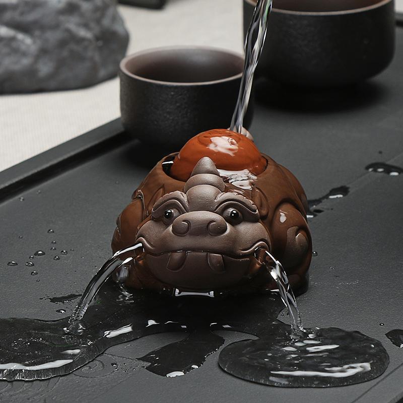 紫砂茶宠貔貅 招财金蟾精品茶具配件创意小摆件喷水手工茶玩