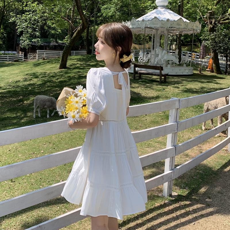 2020夏款实拍小视频韩版女装纯色花边拼接镂空紫色白色短袖连衣裙