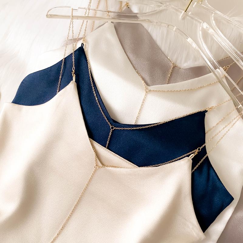 白色女夏性感v领链条外穿小背心(用80元券)