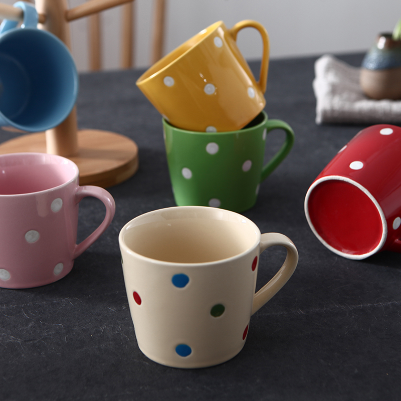 Creative point ceramic cup office couple lovely fashion personality milk coffee breakfast water cup mug