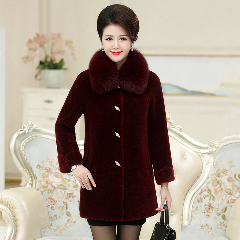 2020 winter new mothers sheep shearing coat womens middle and long fox collar middle and old aged wool fur coat