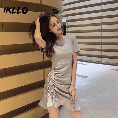 2019女装新款网红裙子显瘦性感法式流行初秋收腰气质连衣裙女夏潮