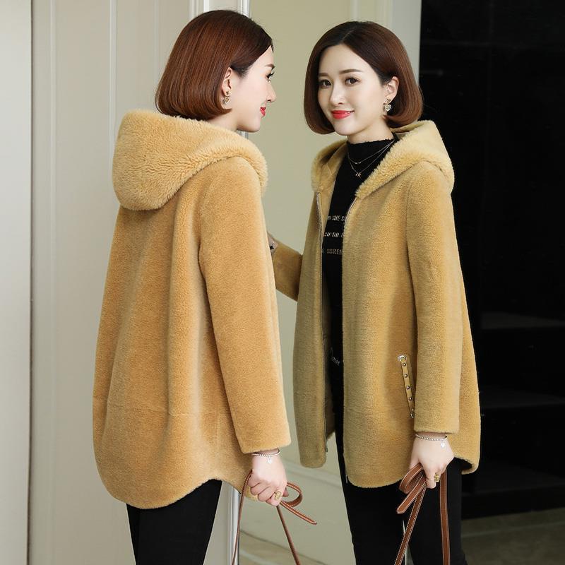 羊剪绒大衣女短款连帽复合皮毛一体2020新款颗粒羊毛皮草外套显瘦