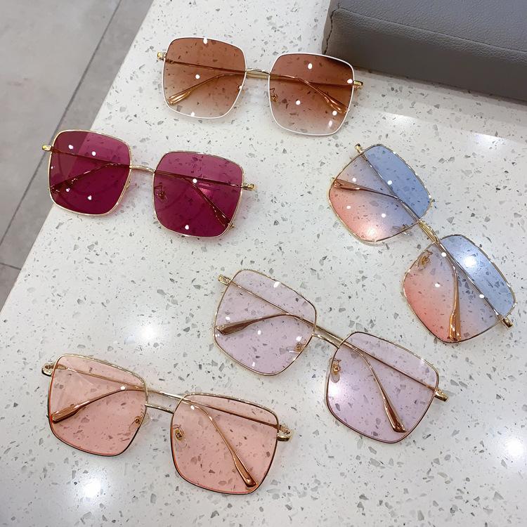 CD sunglasses, womens eyes, Korean version, fashion INS, big frame, small face, thin net, red new glasses, retro goggles, sunglasses