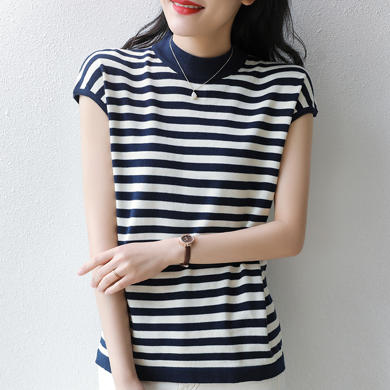 Summer new striped short sleeve T-shirt womens contrast color loose and thin age reducing half sleeve versatile T-shirt women