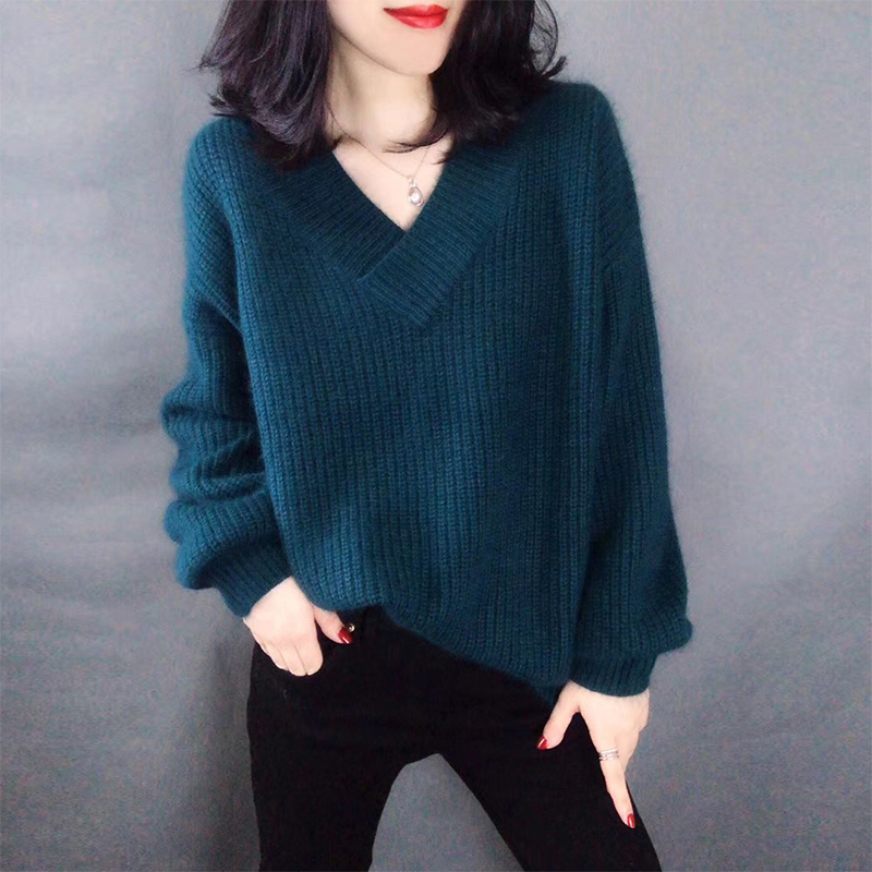Autumn and winter new woolen sweater womens V-neck Pullover loose lazy sweater casual wear cashmere knitted bottomed sweater