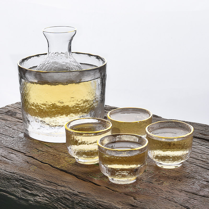 Japanese Vertical Liquor Tableware Creative Glass A Liquor Cup Set Small Wine Distributor Sake Bottle Household