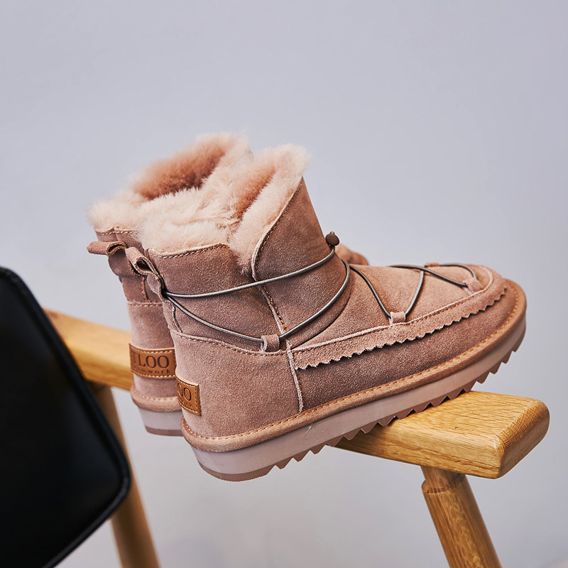 Snow boots womens short tube 2020 new fur one winter thickening antiskid short boots Plush bread shoes cotton shoes fashion