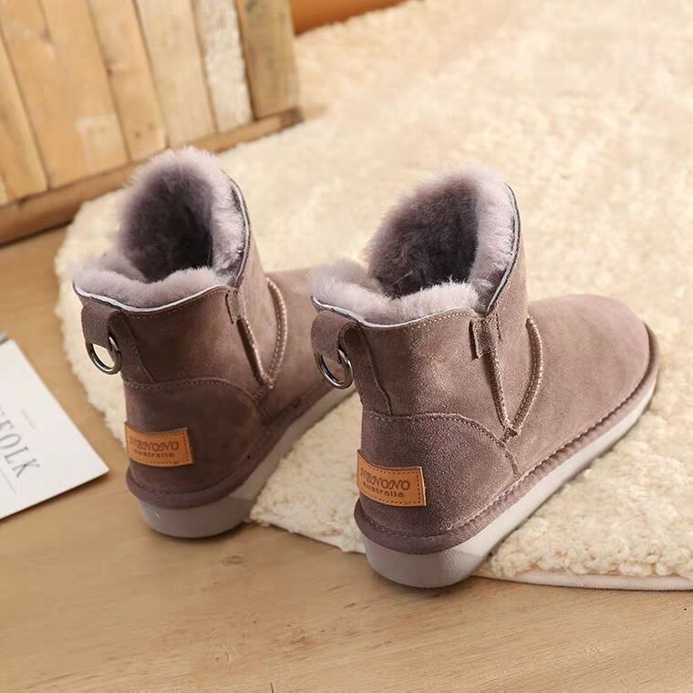 Snow boots womens short tube fur integrated plush cotton shoes 2020 new Korean wool thick soled short boots childrens winter fashion
