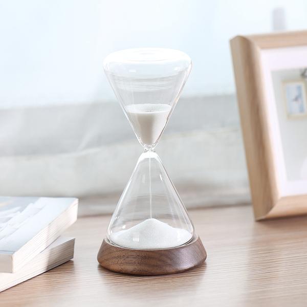 不二良品沙漏摆件计时器,50元左右创意礼物