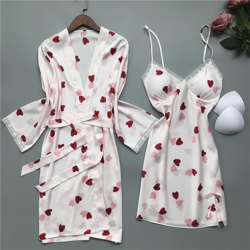 性感睡衣女夏季冰丝绸吊带睡裙两件套带胸垫聚拢薄款爱心甜美短裙