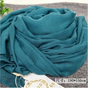 湖蓝色棉麻网格围巾女士春秋冬季韩版百搭大长款披肩两用纯色丝巾