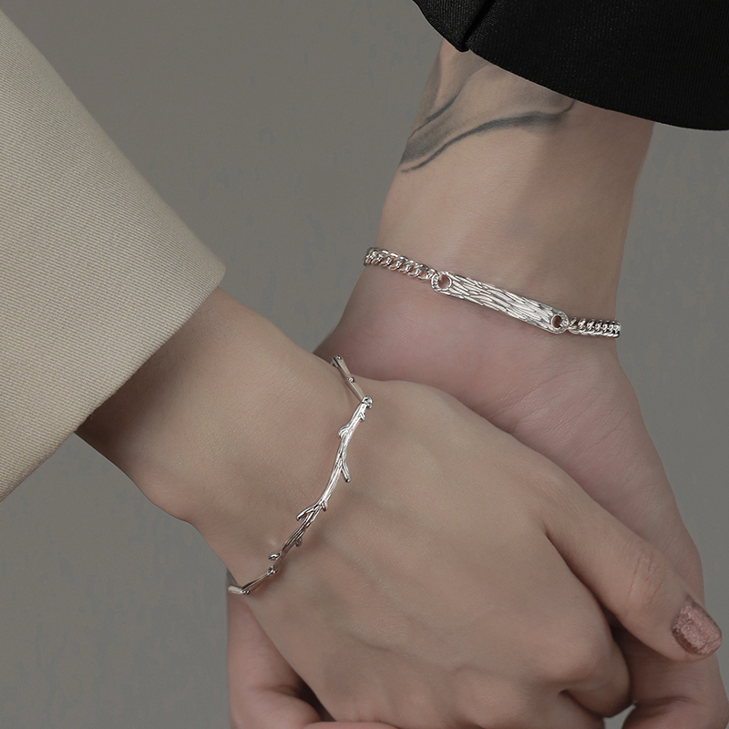情侣银手链女男一对情侣款小众设计情人节礼物送男朋友木有枝