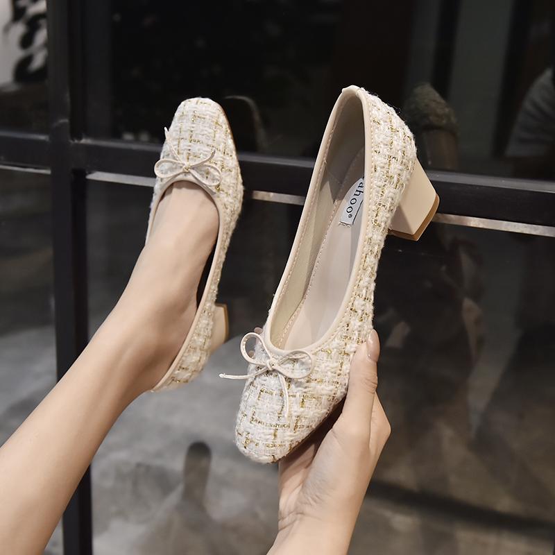 小香风早春法式复古单鞋粗跟中跟赫本玛丽珍鞋女高跟鞋今年流行的