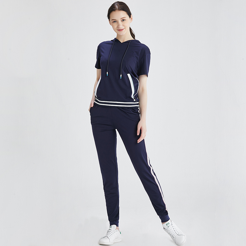 Womens 2-piece Hooded Sweater 2020 new summer slim fashion cover meat show high trend sports leisure suit