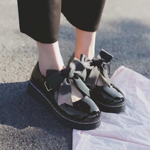 Japanese Lolita Lolita thick soled womens shoes lovely bow round head doll shoes Harajuku flat soled soft sister leather shoes