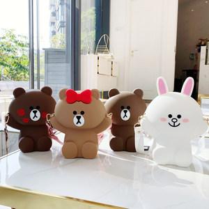 2020流行包包日韩可爱全身熊斜跨包夏天小清新手机包少女学生背包