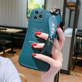 潮牌卡通小蛮腰适用于苹果12ProMax手机壳11腕带支架iphone8plus软壳12mini带挂绳7P硅胶防摔Xr女款SE2保护套