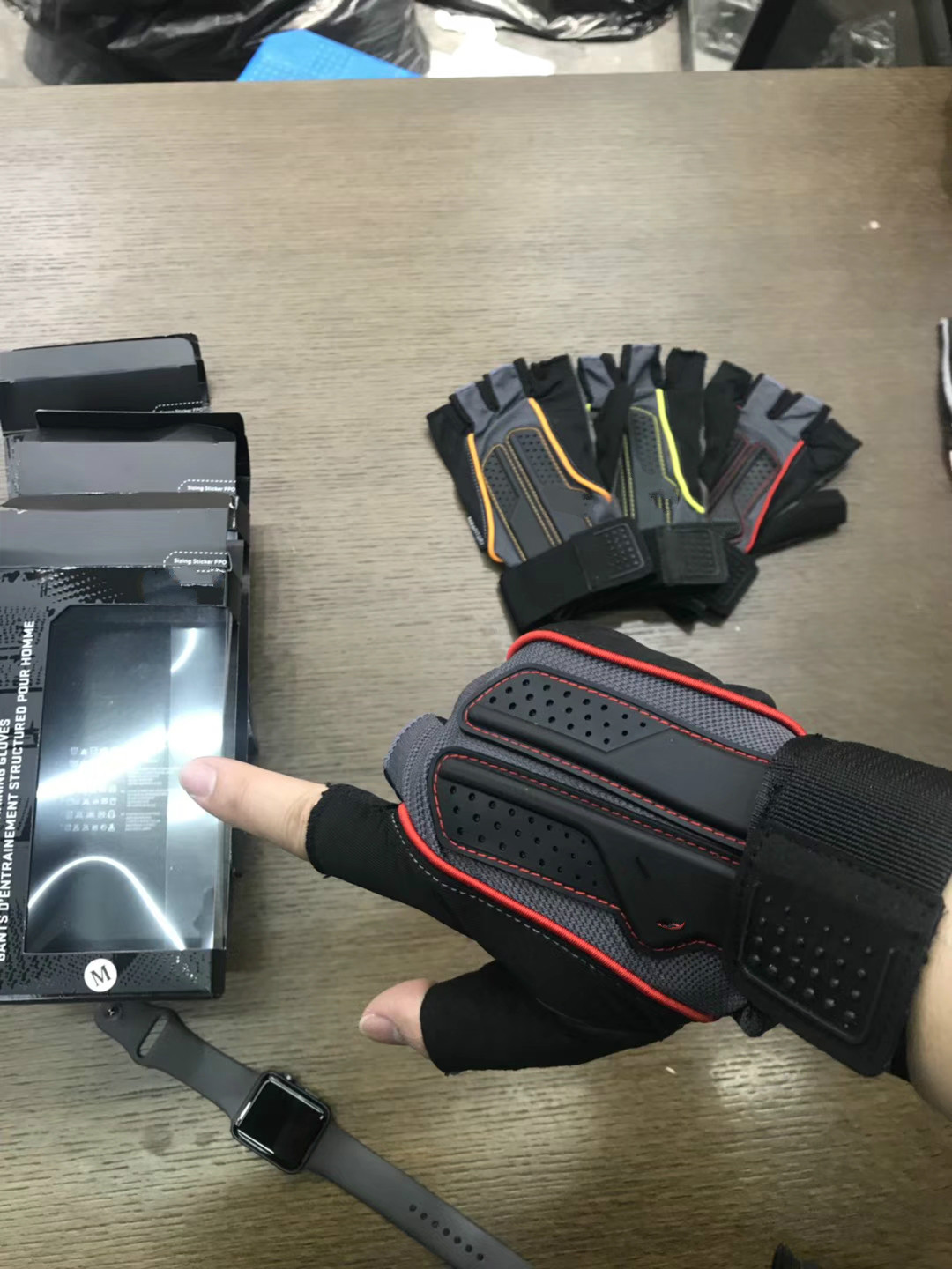 New mens fitness Half Finger outdoor training professional sports Yoga Cycling Gloves