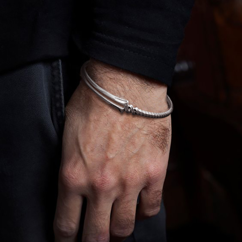 银饰郎基努斯之抢开口情侣银手镯男女个姓镯子手环潮人手饰EVA