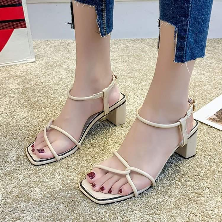 Fashion new summer womens shoes Square heel open toe Korean one line buckle high-heeled sandals breathable