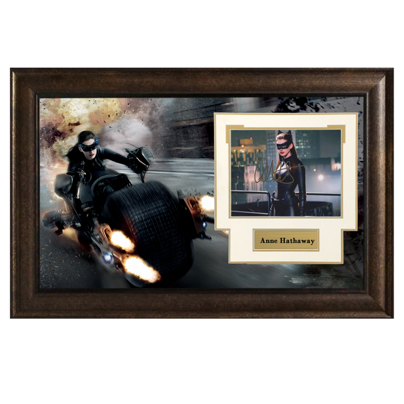 Collect Annie Hathaways Autographed Photo Framed with SA certificate Batman Dark Knight rising