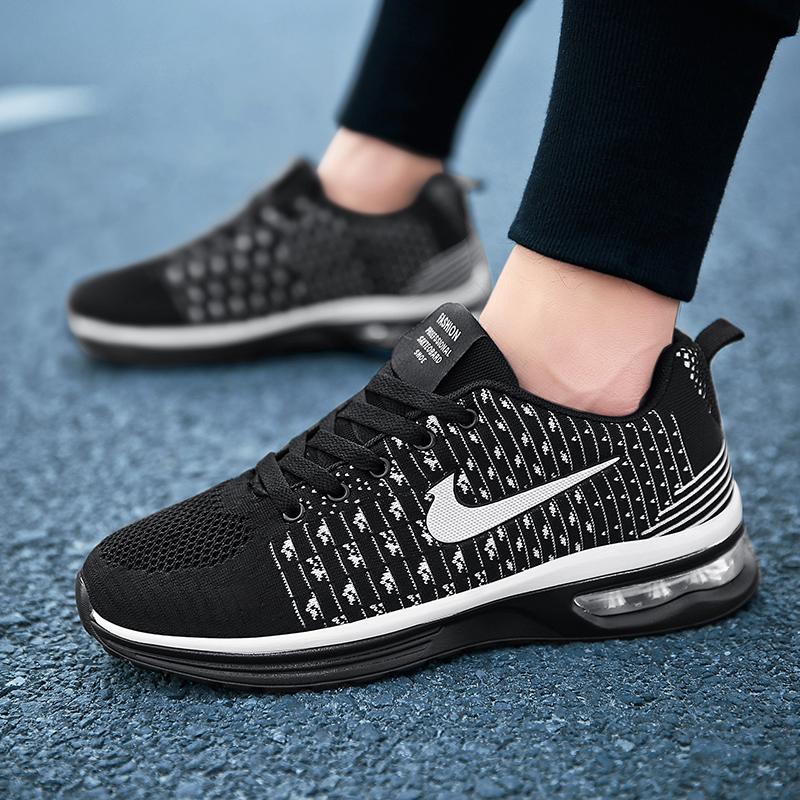 2020新款春季男鞋男士运动休闲韩版透气跑步防臭潮鞋夏季网面男鞋