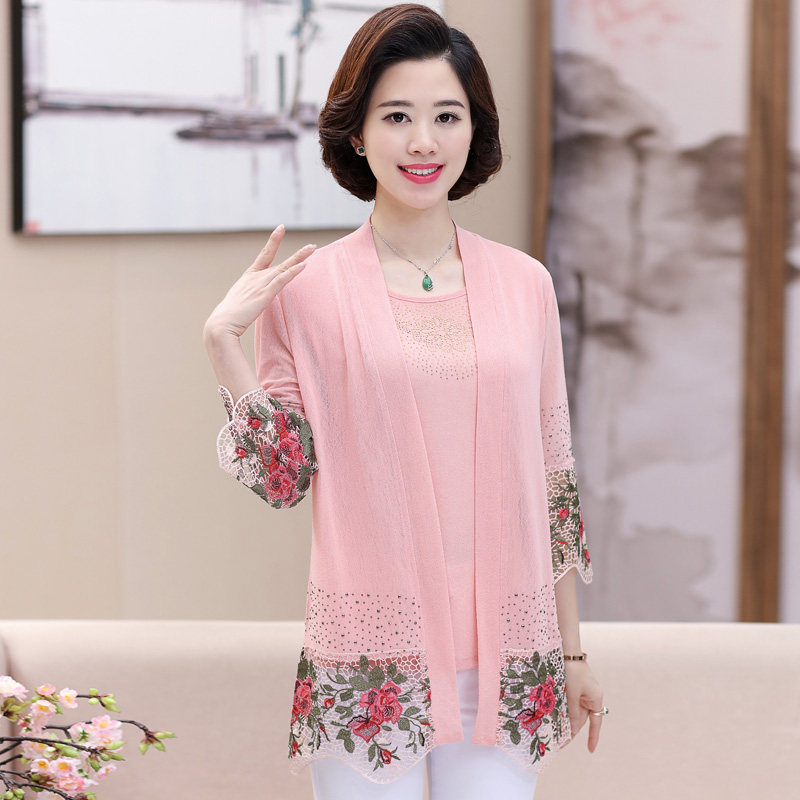 Spring and summer 2018 3 / 4 sleeve lace embroidered jacket womens middle-aged and elderly womens thin shawl sun proof clothes cardigan 2-piece set