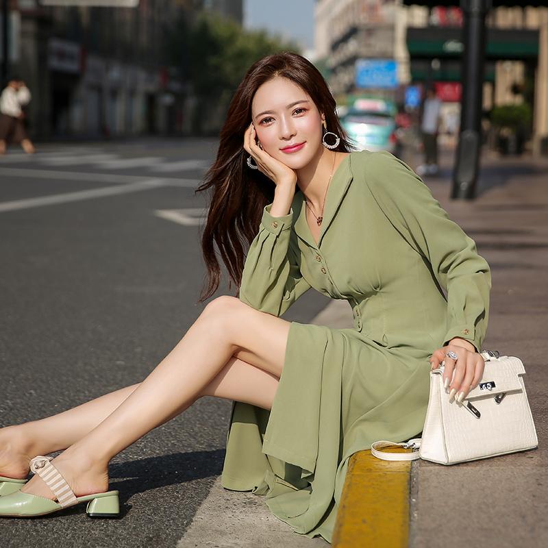 券后179.00元绿色连衣裙长袖早秋新款流行绿裙子