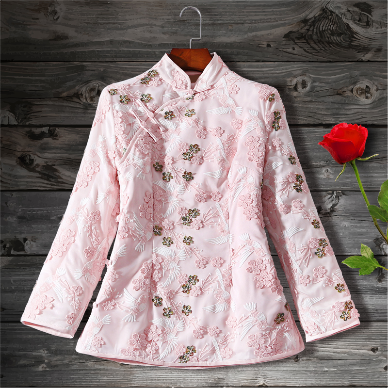 Add cotton to keep warm in winter, water soluble lace embroidered Tang style short coat, improved cheongsam top, Xiuhe slim cotton jacket woman