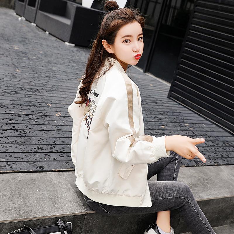 春秋新款韩版上衣时尚绣花短外套女宽松学生bf夹克衫小棒球服