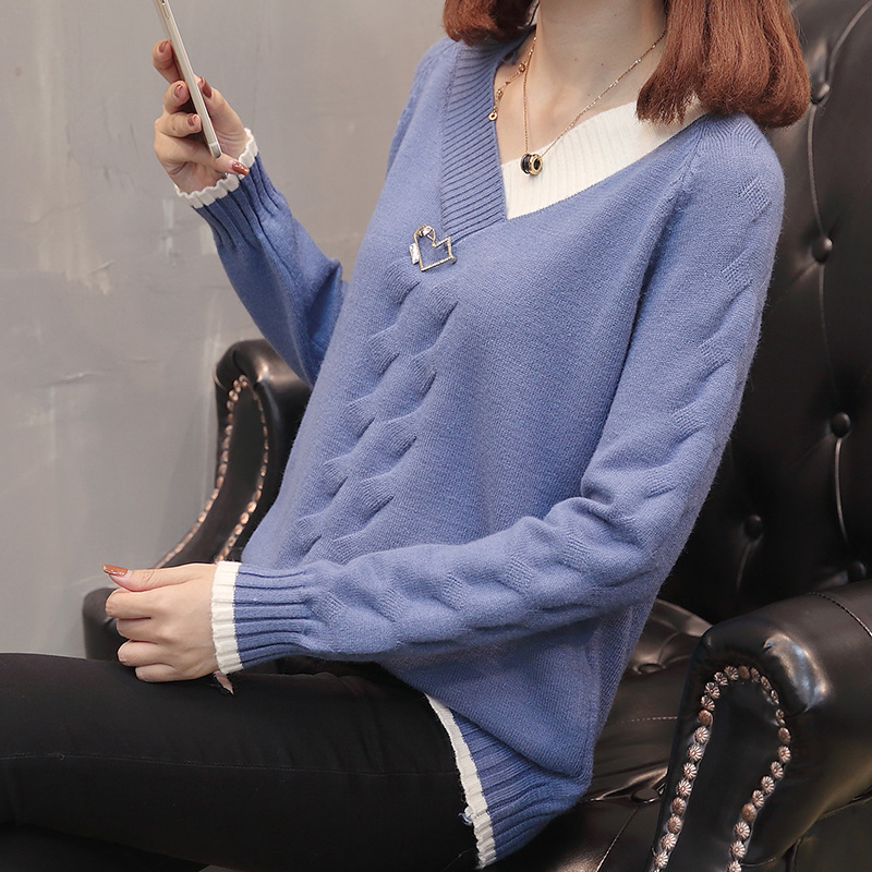 Autumn and winter new Korean womens wear color matching V-neck loose knit bottom shirt twist Pullover short sweater