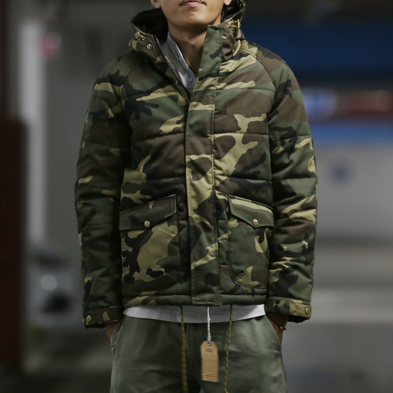 Street retro camouflage Harajuku Japanese thickened cotton padded jacket and cotton padded clothes lovers mens and womens coat hooded camouflage cotton padded clothes