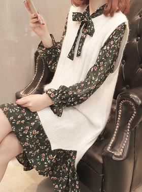 马甲配裙子两件套秋装时髦套装春秋雪纺长袖碎花连衣裙2021新款潮