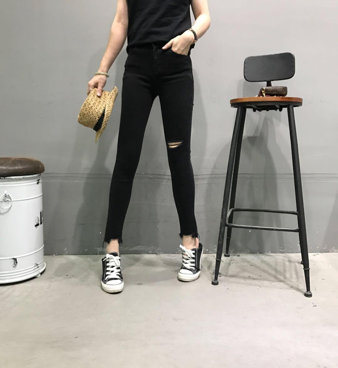 VINTAGE PUDR6199秋季新款韩版时尚百搭破洞裤脚毛边小脚牛仔裤女